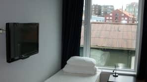 Blendingsgardiner, lydisolert, gratis wi-fi og sengetøy
