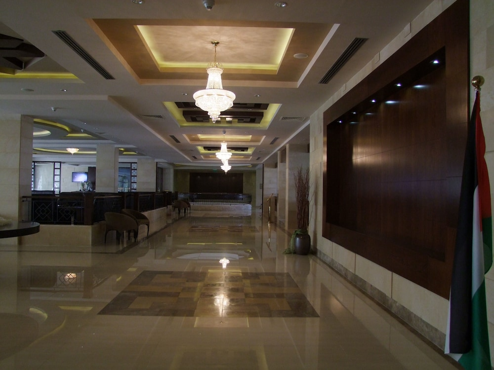 Manger Square Hotel 3 5 Out Of 0 Exterior Featured Image Lobby