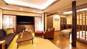 房內夾萬、書桌、免費 Wi-Fi