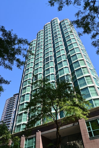 Great Place to stay Rosedale Condominiums near Vancouver