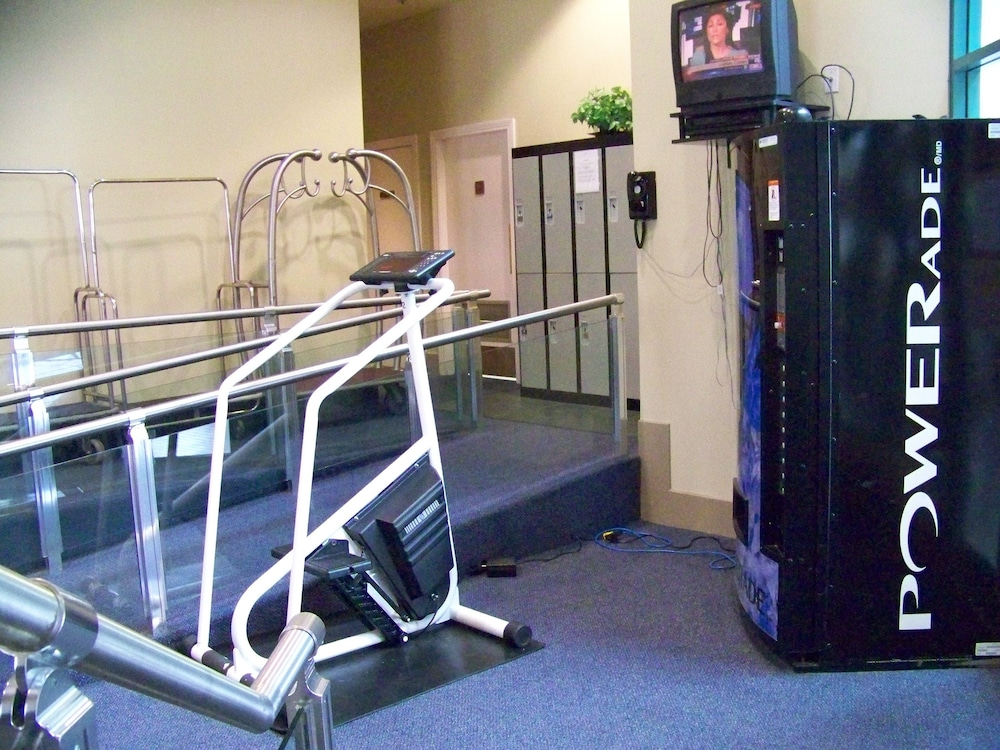 Fitness Facility, Rosedale Condominiums
