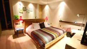 16 bedrooms, Egyptian cotton sheets, premium bedding, pillowtop beds