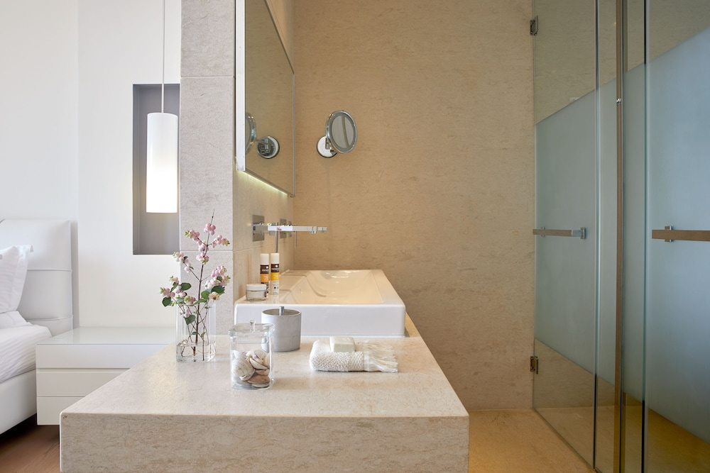 Bathroom, Cavo Olympo Luxury Hotel & Spa - Adults Only