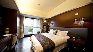 房內夾萬、設計自成一格、家具佈置各有特色、免費 Wi-Fi