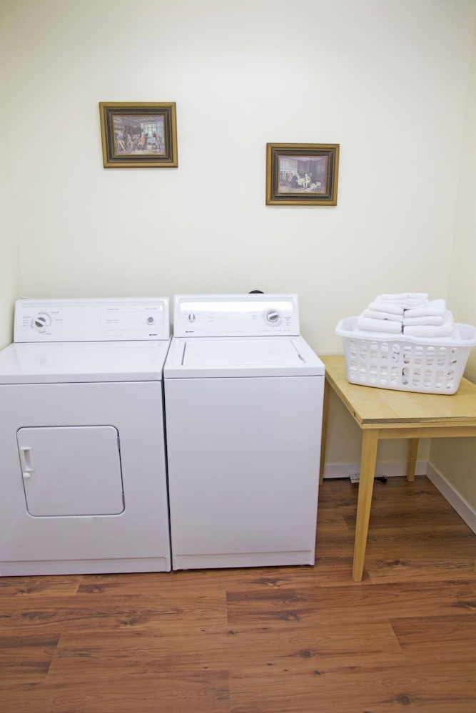 Laundry Room, Hotel Squamish