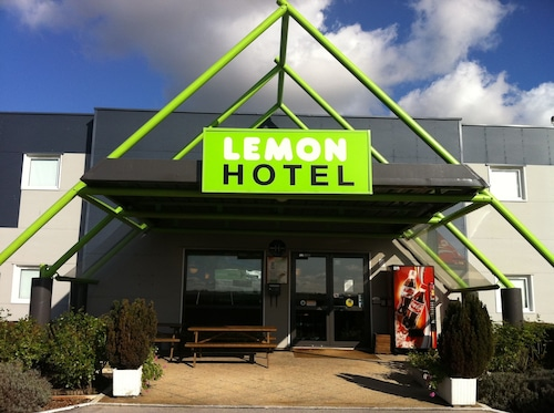Lemon Hotel Saint Omer