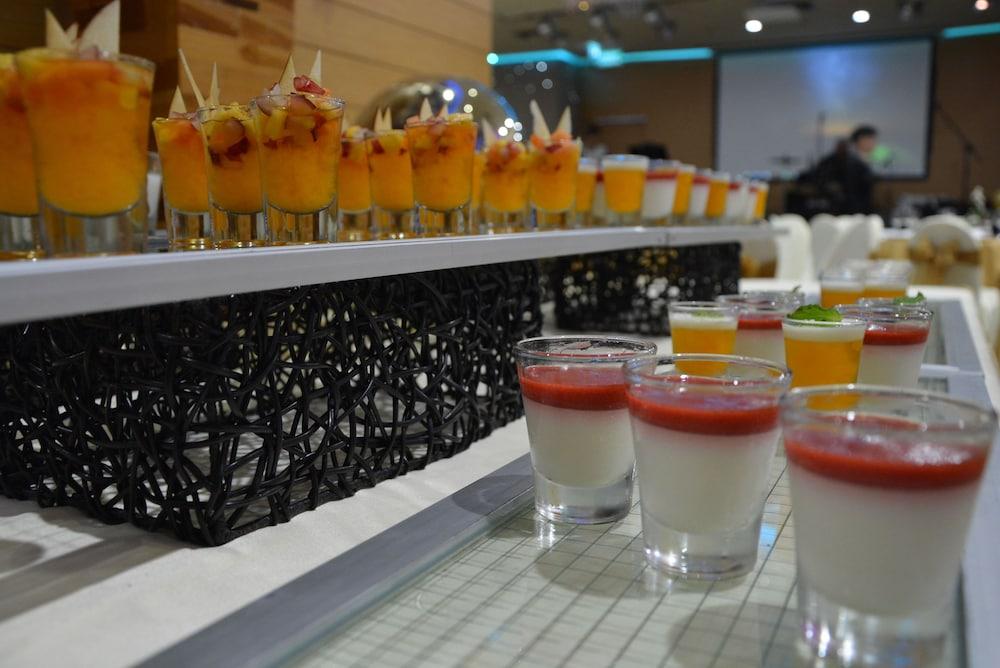 Glow Pratunam In Bangkok Hotel Rates Amp Reviews On Orbitz
