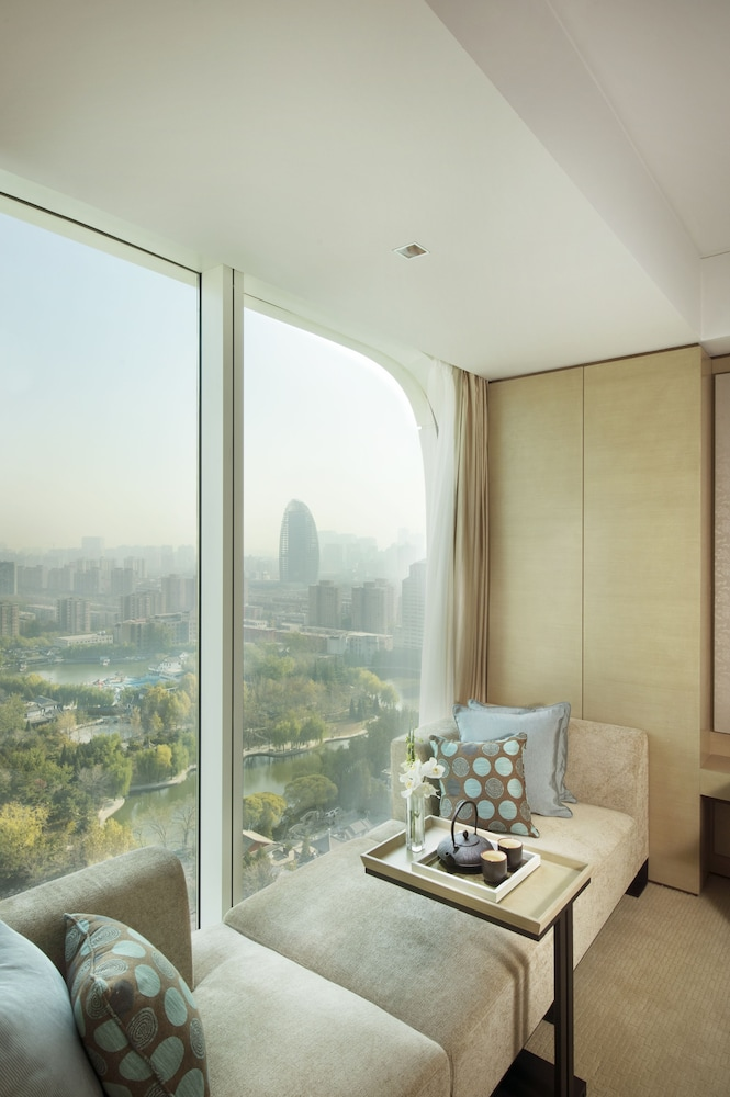 Lake View, Conrad Beijing