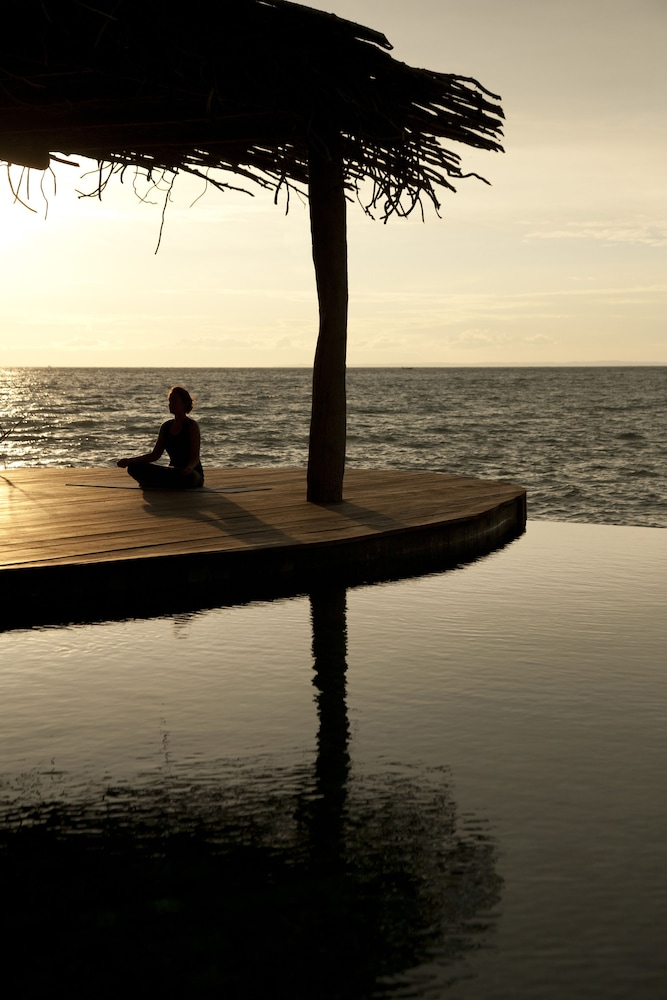 Yoga, Song Saa Private Island