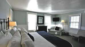 Egyptian cotton sheets, premium bedding, in-room safe