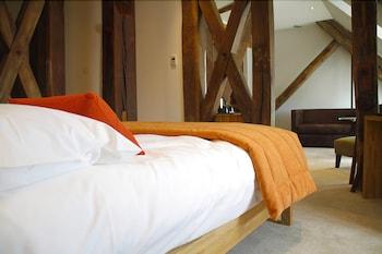 14 Rue Édouard-Grimaux, 86000 Poitiers, France.