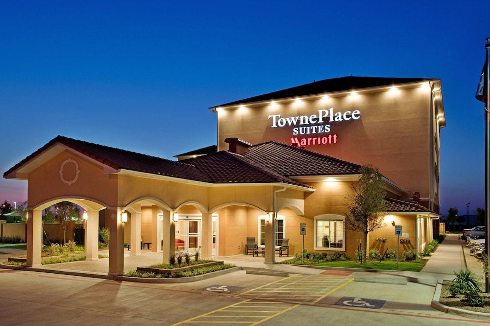 Exterior, TownePlace Suites Midland
