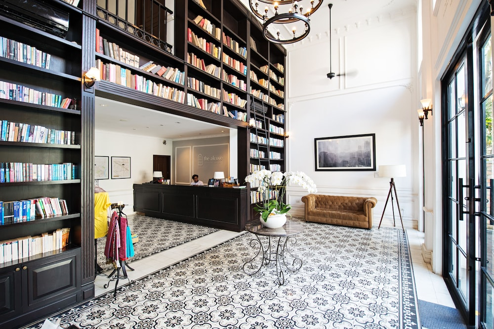 Lobby, The Alcove Library Hotel