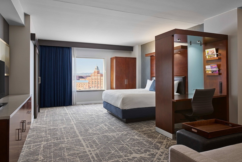 Room, SpringHill Suites by Marriott Denver Downtown