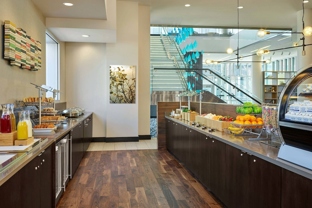 Restaurant, SpringHill Suites by Marriott Denver Downtown