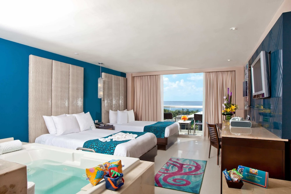 Hard Rock Hotel Cancun All Inclusive In Hotel Zone Hotel Rates Reviews On Orbitz