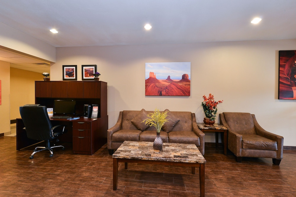 Reception, Comfort Inn & Suites Page at Lake Powell