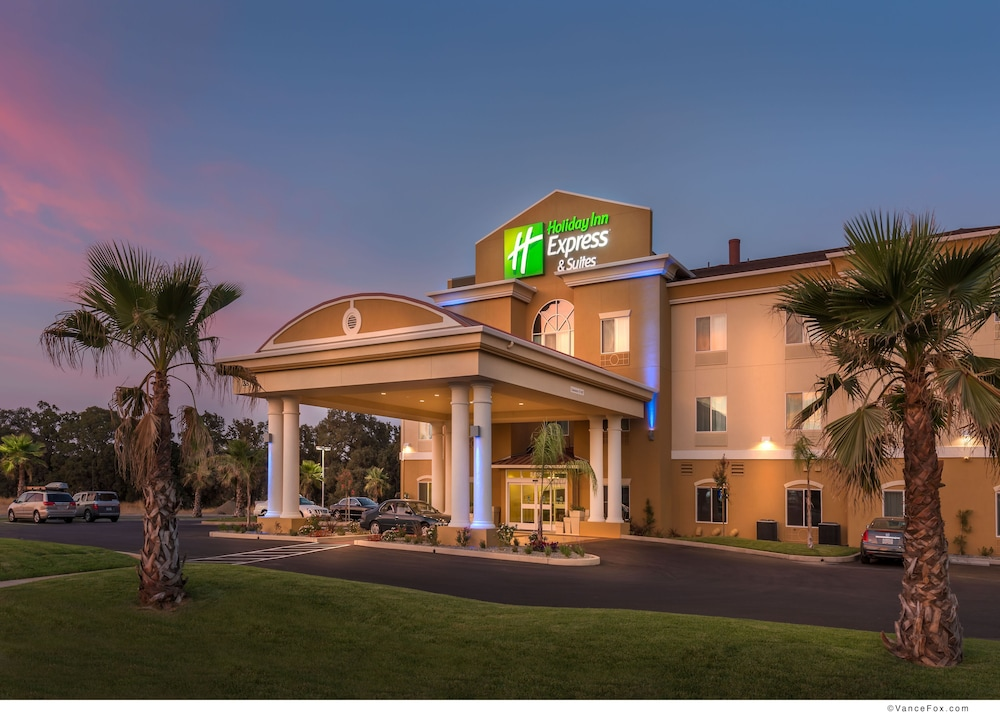Exterior, Holiday Inn Express Hotel & Suites Red Bluff-South Redding
