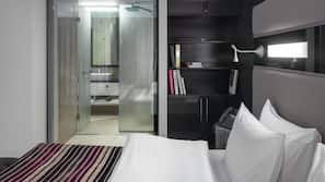 Minibar, in-room safe, individually furnished, desk