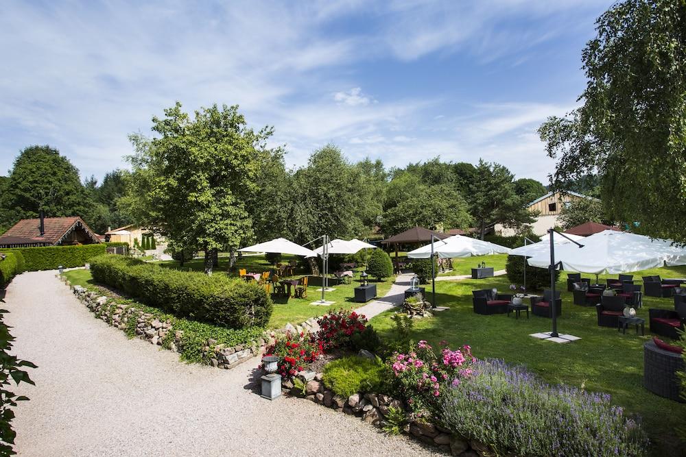 Domaine Du Haut Jardin Rehaupal France Expedia Fr