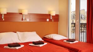 Select-Comfort-Betten, Schreibtisch, kostenloses WLAN, Bettwäsche