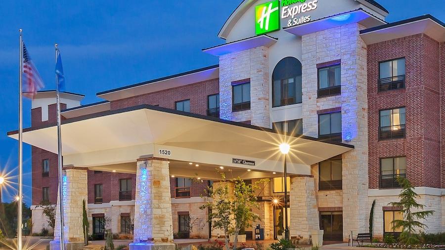 Holiday Inn Express & Suites Duncan, an IHG Hotel