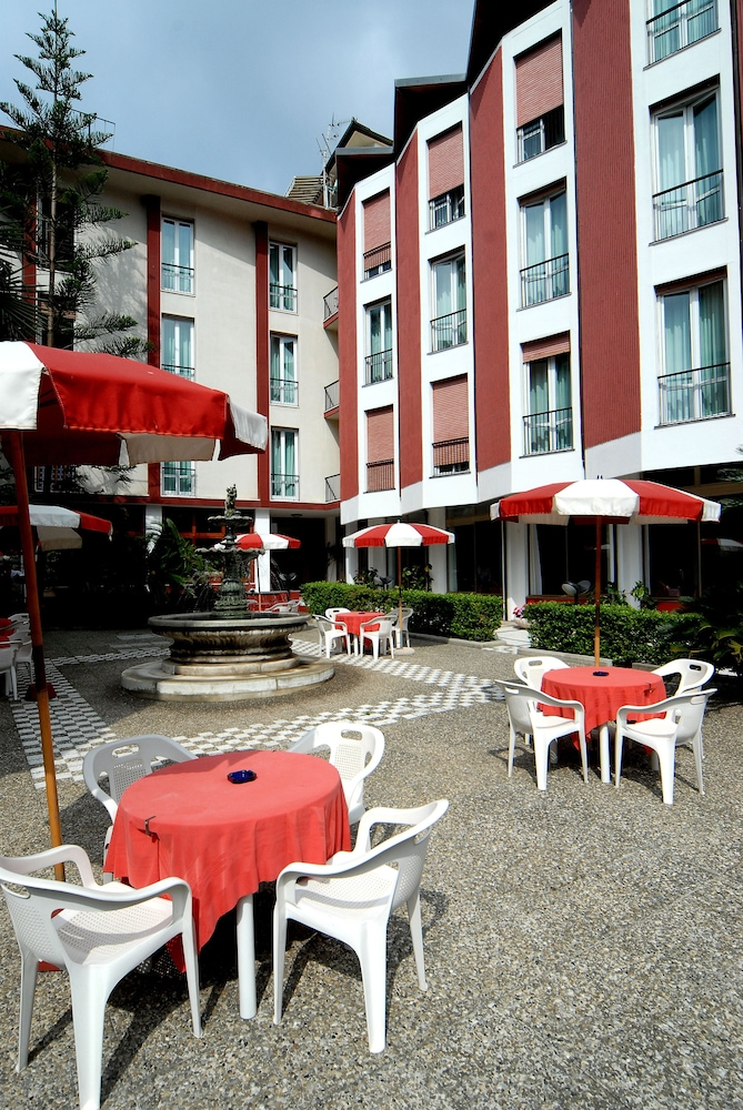 Outdoor Dining, Hotel 5 Terre