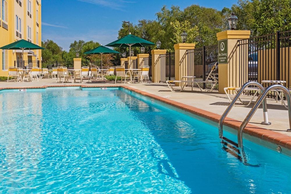 la quinta inn suites starkville at msu deals reviews