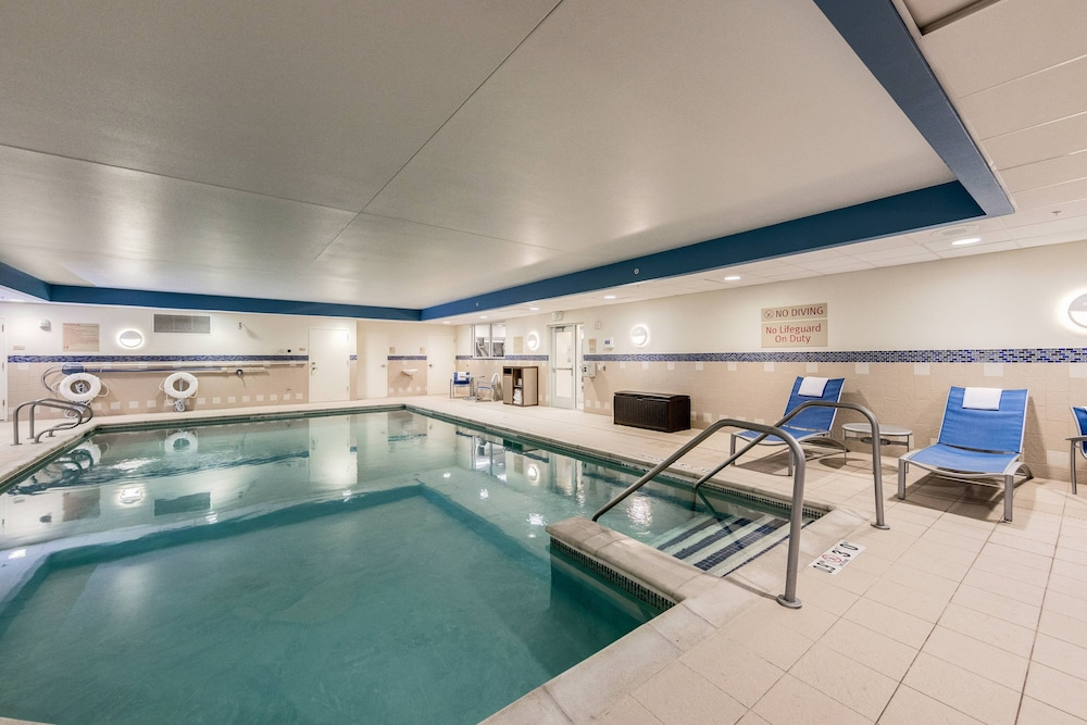 Indoor Pool, TownePlace Suites by Marriott Ann Arbor
