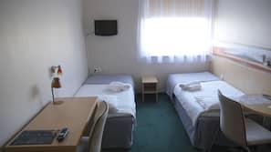 Blendingsgardiner, strykejern/-brett, gratis wi-fi og sengetøy