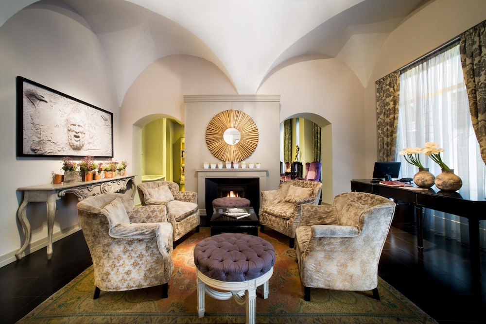 Featured Image, Hotel Firenze Number Nine