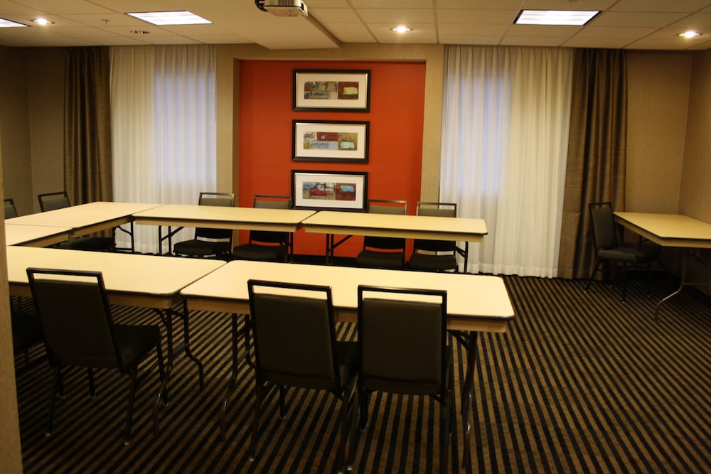 Meeting Facility, Holiday Inn Express Toledo North, an IHG Hotel