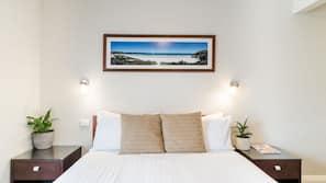 Premium bedding, iron/ironing board, free WiFi, wheelchair access