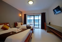 Deluxe Twin Room with balcony-free pick up