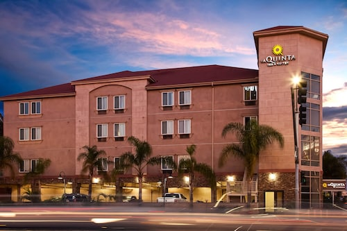 La Quinta Inn & Suites by Wyndham Inglewood