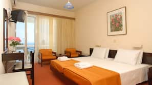 In-room safe, blackout curtains, free WiFi, linens