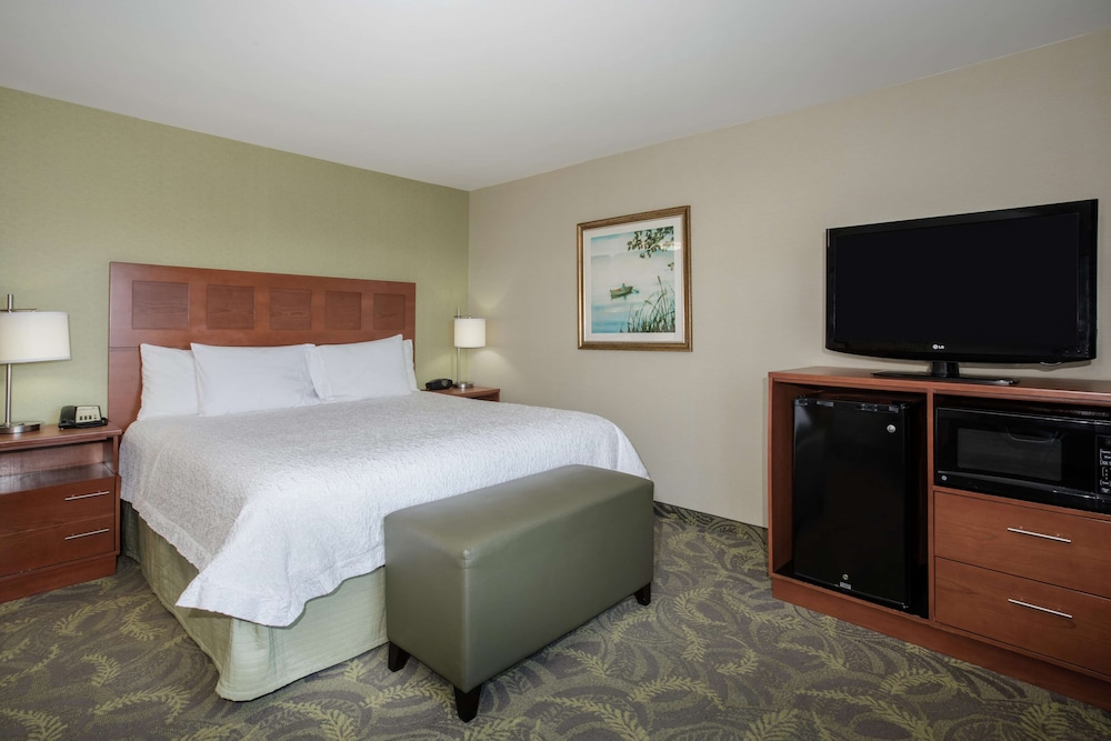 Room, Hampton Inn and Suites Astoria