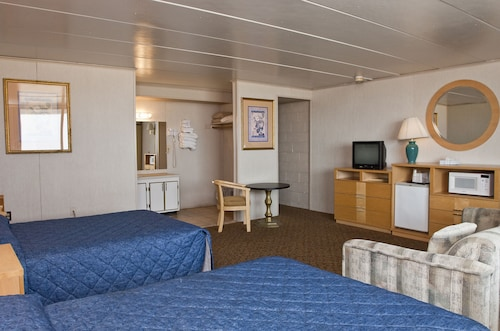 Rideau Oceanfront Motel (USA 5350307 2.8) photo