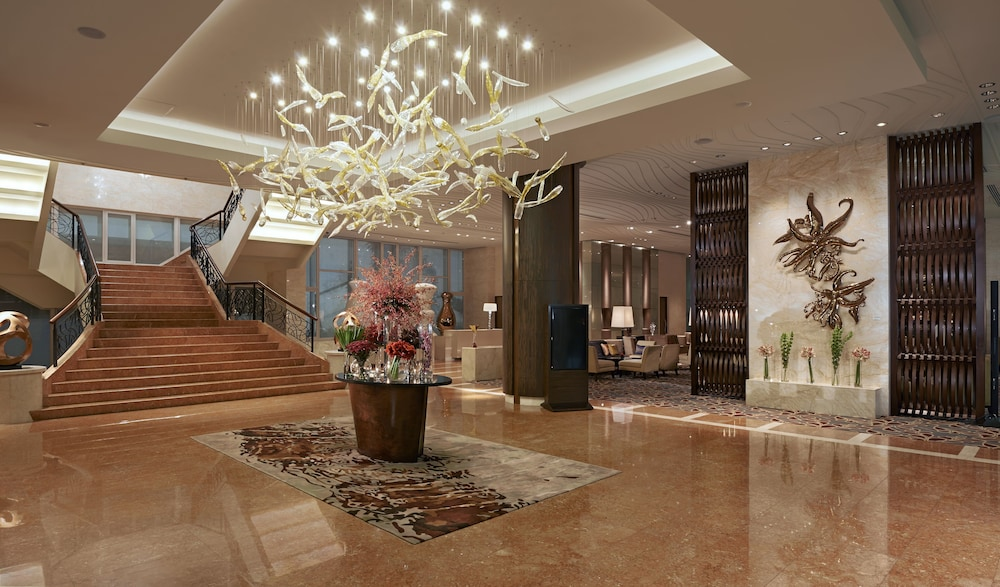 Fairmont makati manila makati phl expedia featured image lobby reception solutioingenieria Image collections