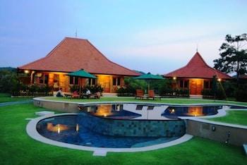 インドネシアのウルワツ寺院近くでロケーションが良いおすすめのホテルを教えて