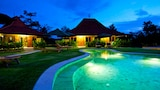 Three Monkeys Villas - Pecatu Hotels