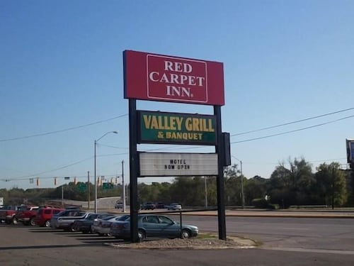 Great Place to stay Red Carpet Inn Terre Haute near Terre Haute