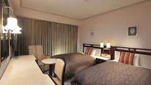 Down comforters, desk, blackout drapes, free WiFi