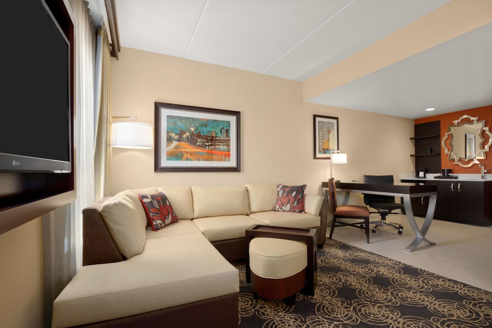 Embassy Suites Knoxville West 2018 Room S From 139 Deals Reviews Expedia