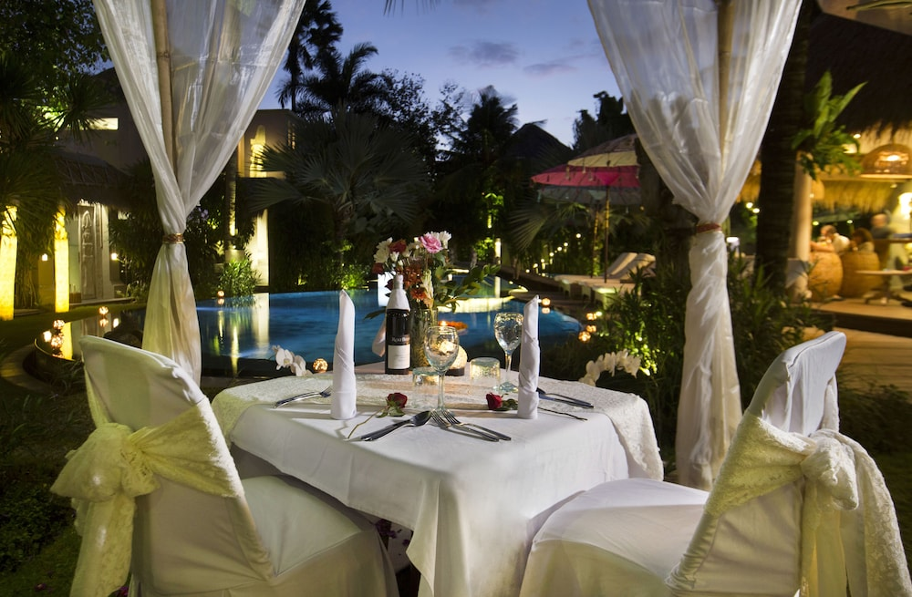 Couples Dining, Blue Karma Dijiwa Seminyak