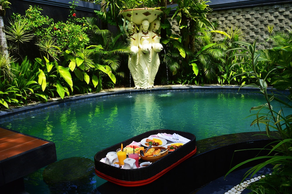 Breakfast Area, The Bali Dream Villa Seminyak