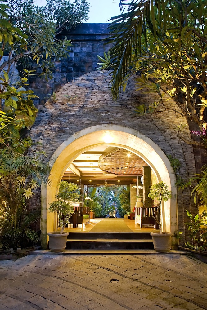 Property Entrance, The Bali Dream Villa Seminyak