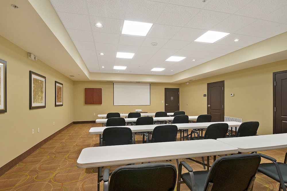 Meeting Facility, Staybridge Suites Longview, an IHG Hotel