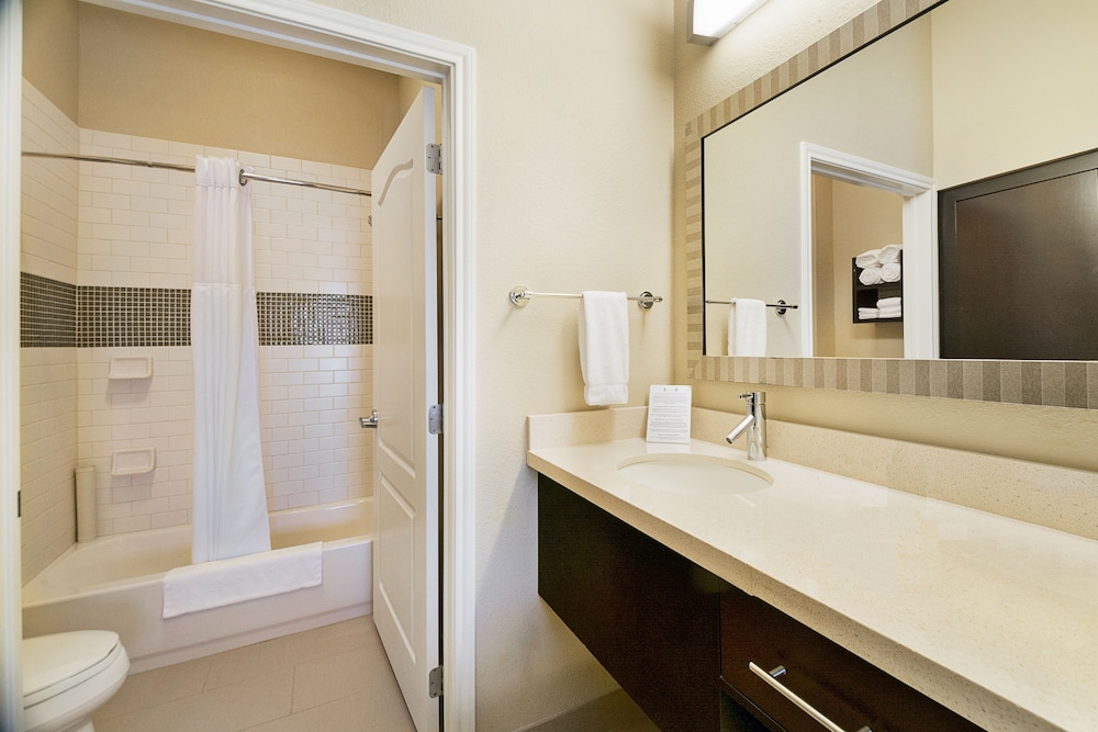 Bathroom, Staybridge Suites Longview, an IHG Hotel