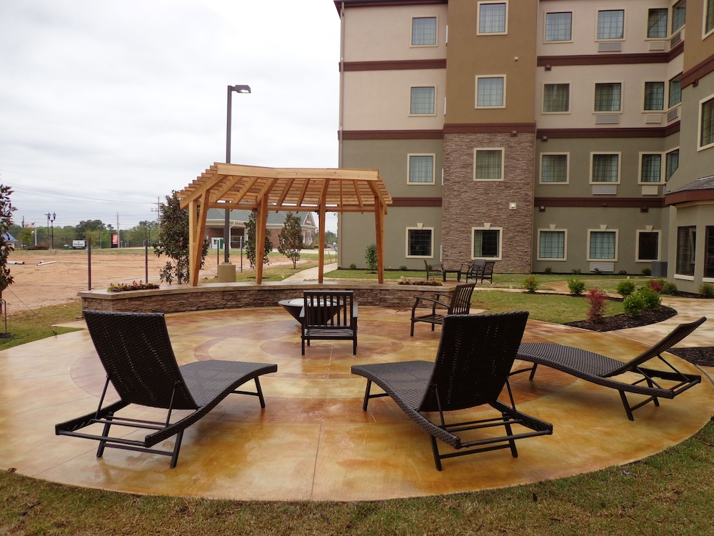 Property Grounds, Staybridge Suites Longview, an IHG Hotel